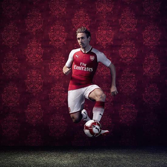 Arsenal 2017 2018 maillot domicile foot