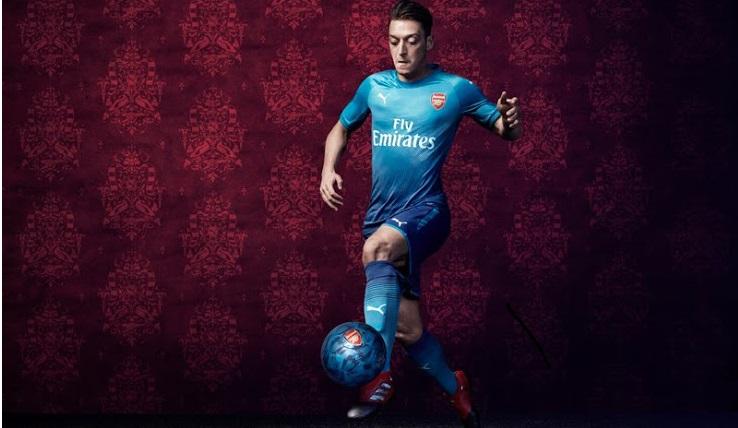 Arsenal 2018 maillot de foot exterieur bleu Ozil