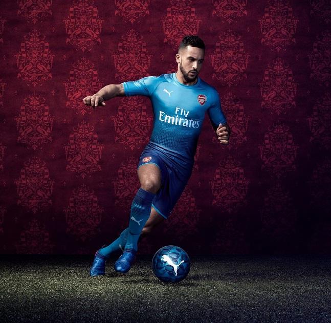 Arsenal 2018 maillot exterieur Walcott Puma