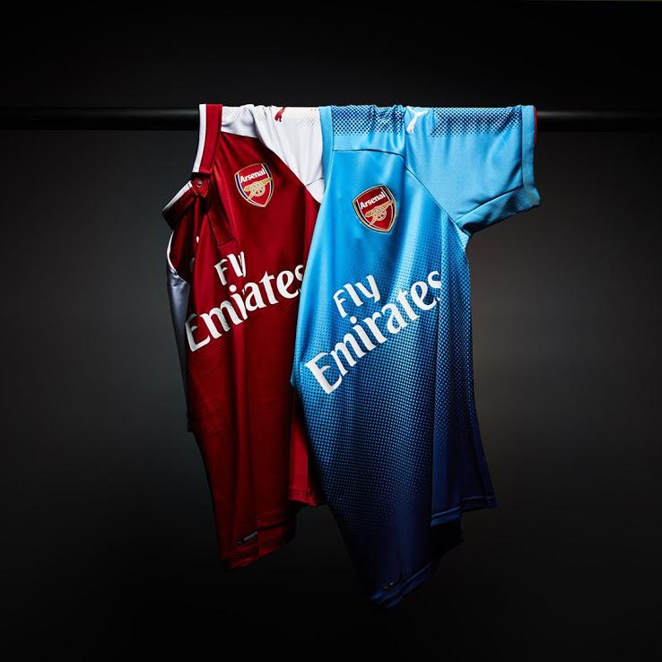 Arsenal 17 18 dos du maillot domicile rouge