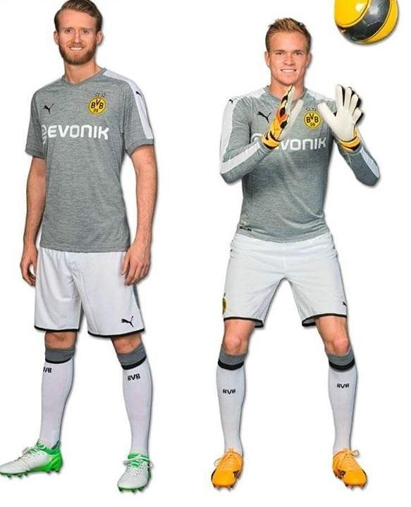 Borussia Dortmund 2018 troisieme maillot de football gris