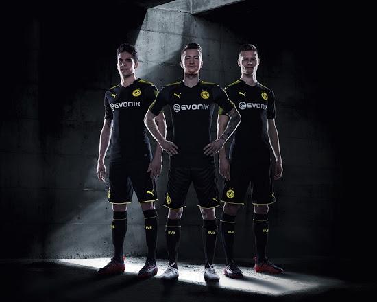 Dortmund 20118 maillot exterieur noir Puma