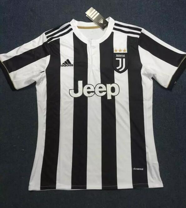 Juventus 2018 maillot domicile possible fake
