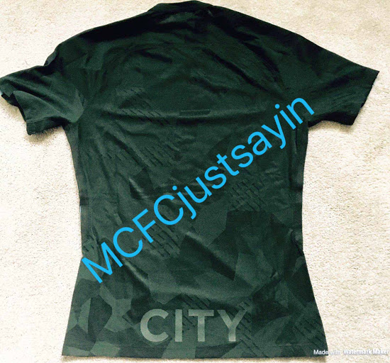 Manchester City 2018 fuite dos maillot de foot third 17 18