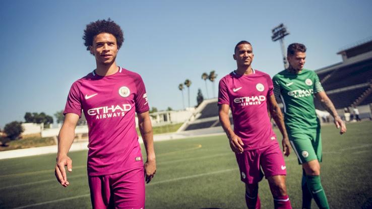 Manchester City 2018 maillot de foot exterieur Nike violet