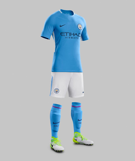 Manchester City 2018 tenue de foot officielle domicile Nike 17 18
