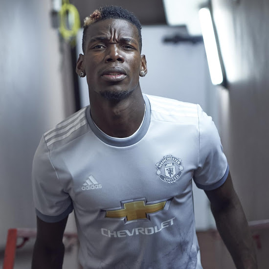Manchester United 2017 2018 maillot third Pogba