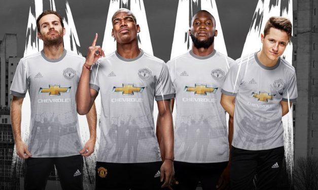 Manchester United 2018 les nouveaux maillots 17/18 en approche