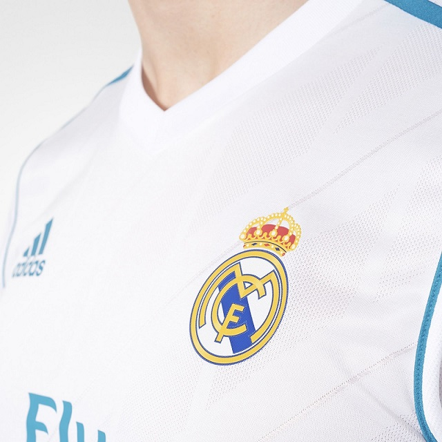Real Madrid 2018 maillot de foot domicile 2017 2018