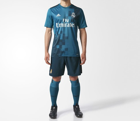 6bff47588cad2 Real Madrid 2018 maillot de foot third bleu RMCF 2017 2018
