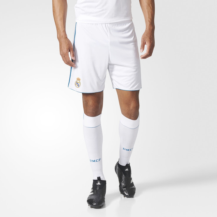 11283f87b2216 Real Madrid 2018 short et chaussettes football 2017 2018 blancs