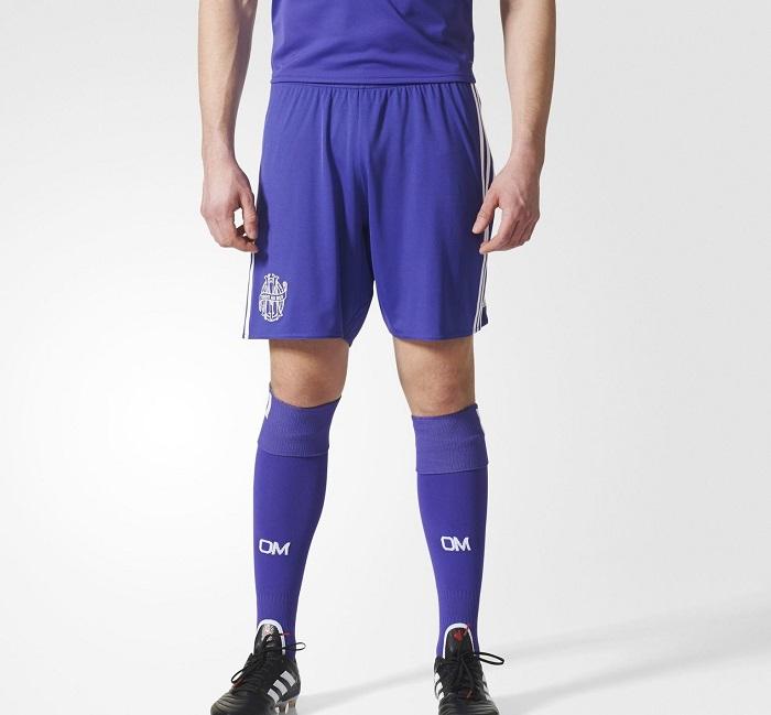 Marseille 2018 troisieme short et chaussettes foot violet