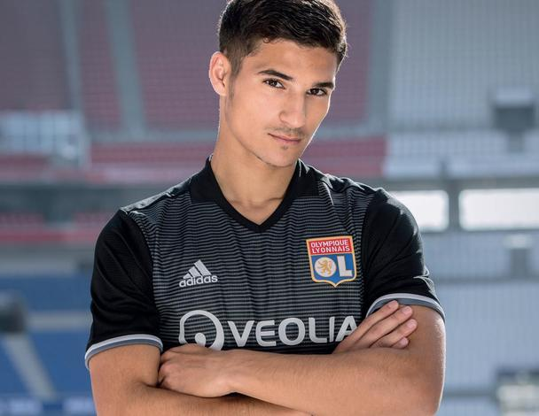 OL 2018 Aouar maillot third Olympique Lyonnais 2018