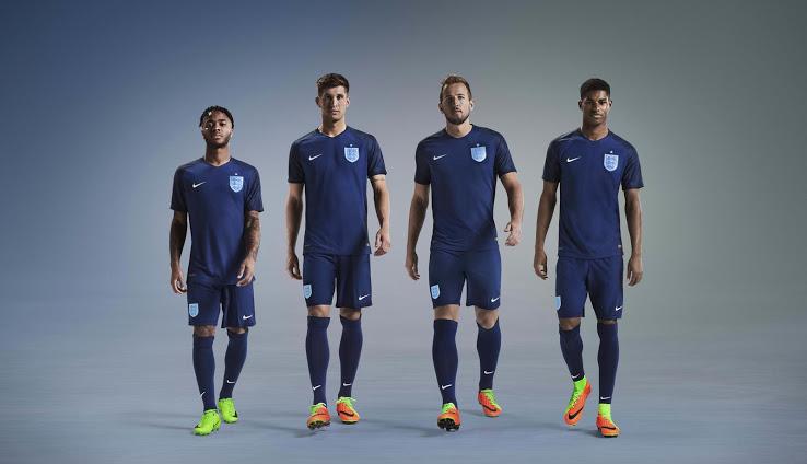 Angleterre 2017 troisieme maillot third foot Nike