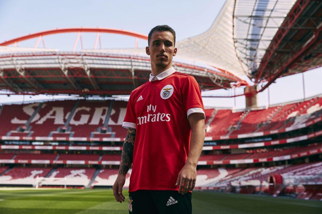 Benfica 2018 maillot domicile officiel 17 18