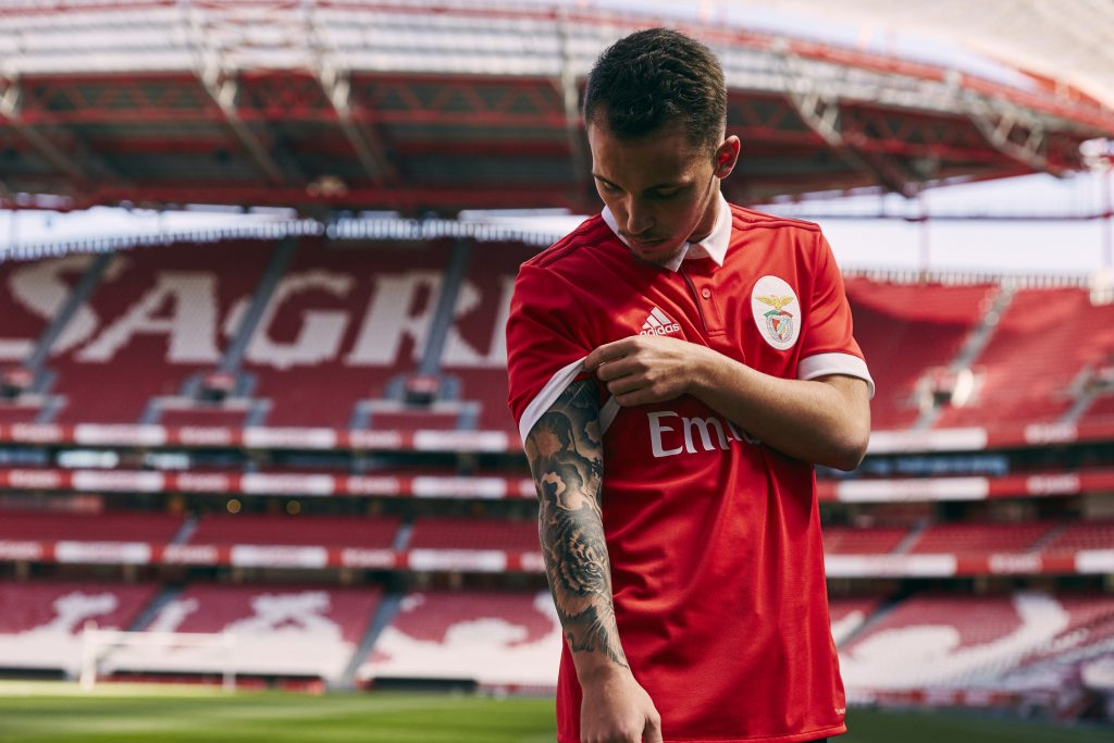 Maillot domicile football Benfica 2018