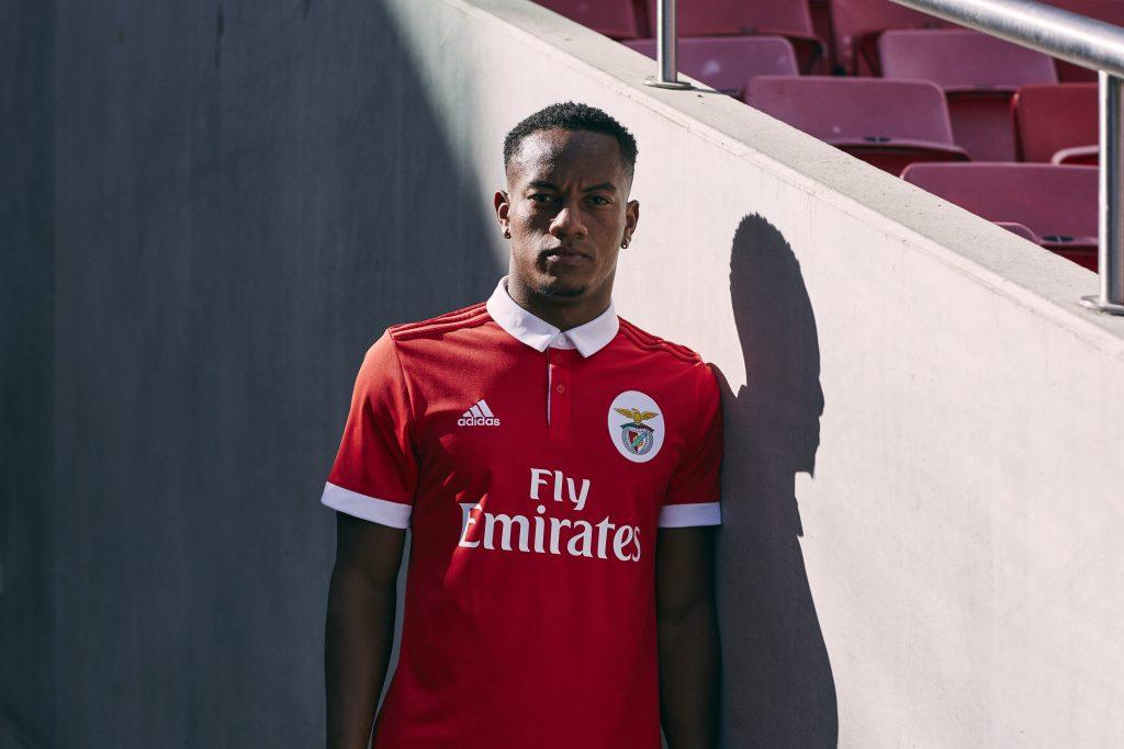 SL Benfica 2018 maillot de foot domicile