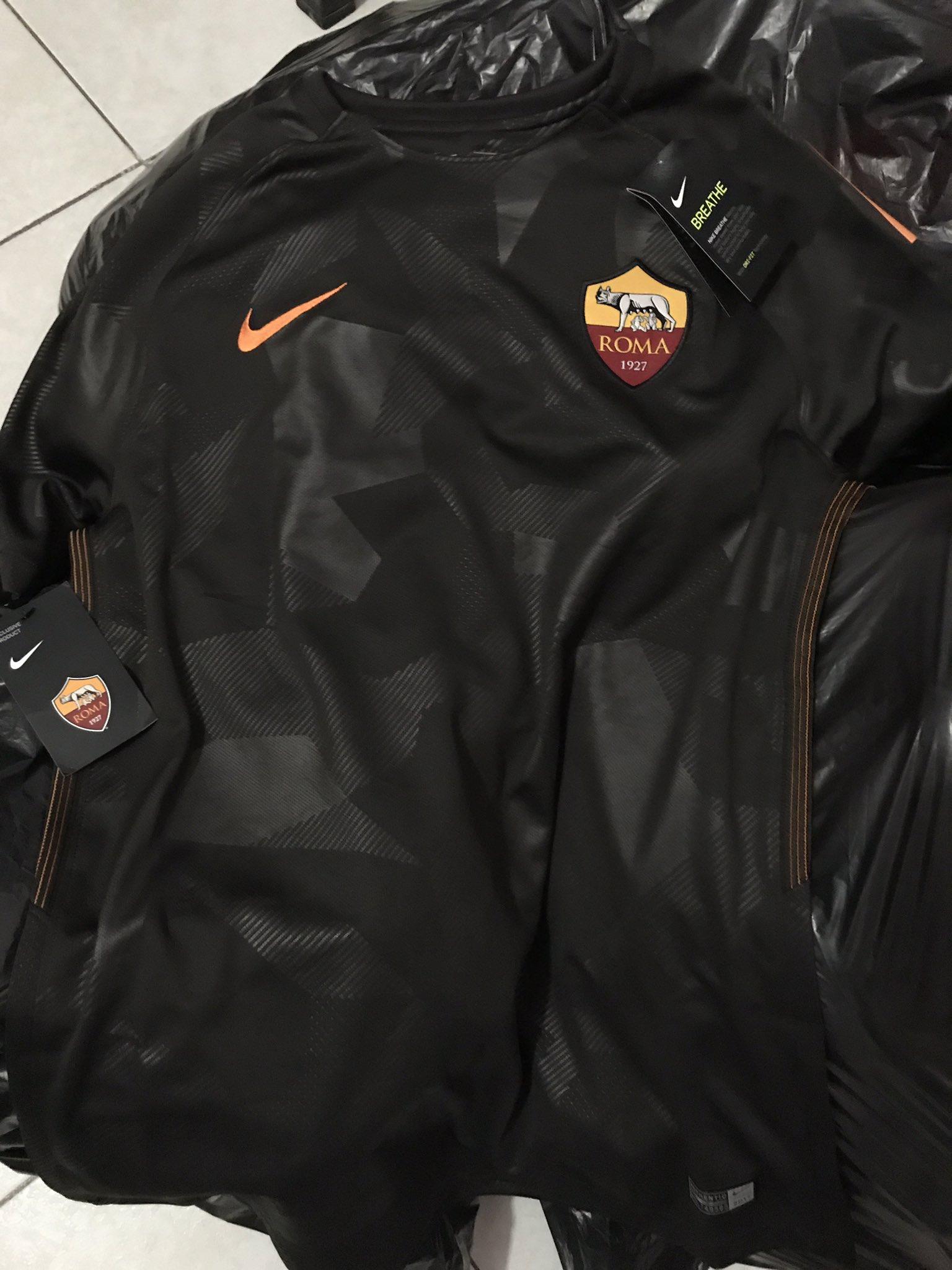 AS Roma 2018 trosieme maillot third camouflage noir 17 18