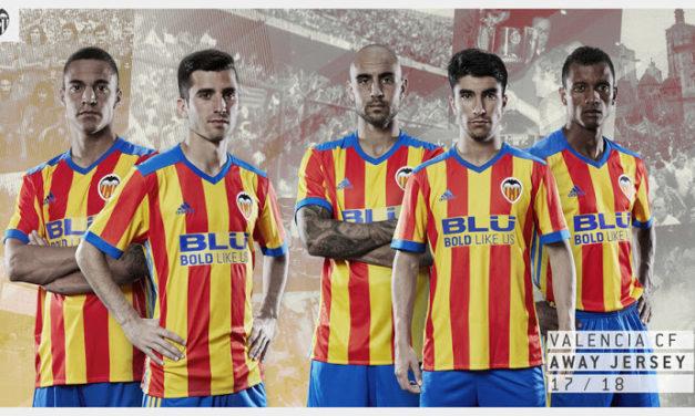 Présentation des maillots de football CF Valencia 2018