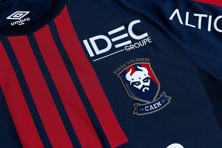 SM Caen 2017 2018 maillot domicile détails devant