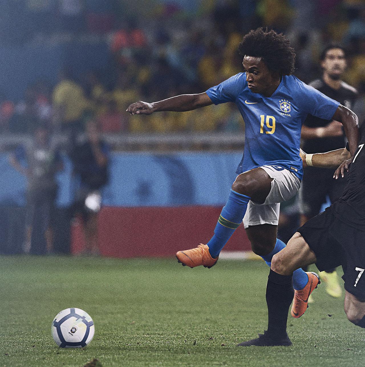 Bresil 2018 maillot de foot exterieur coupe du monde