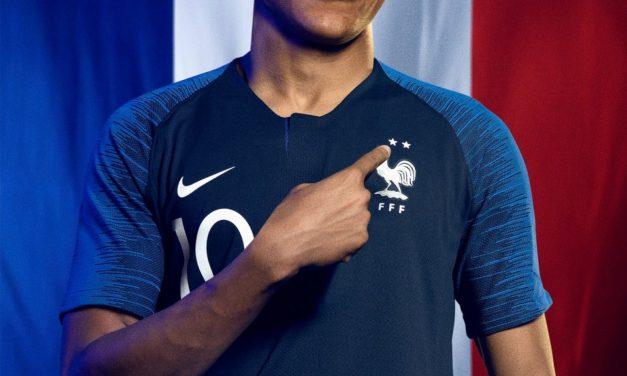 Les nouveaux maillots de la France coupe du monde 2018 – 2 étoiles
