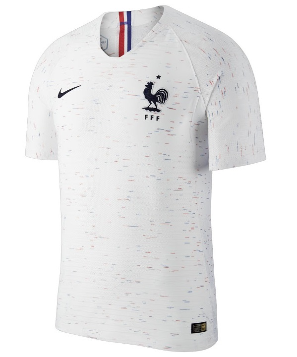 les nouveaux maillots de la france coupe du monde 2018 2 toiles maillots foot actu. Black Bedroom Furniture Sets. Home Design Ideas