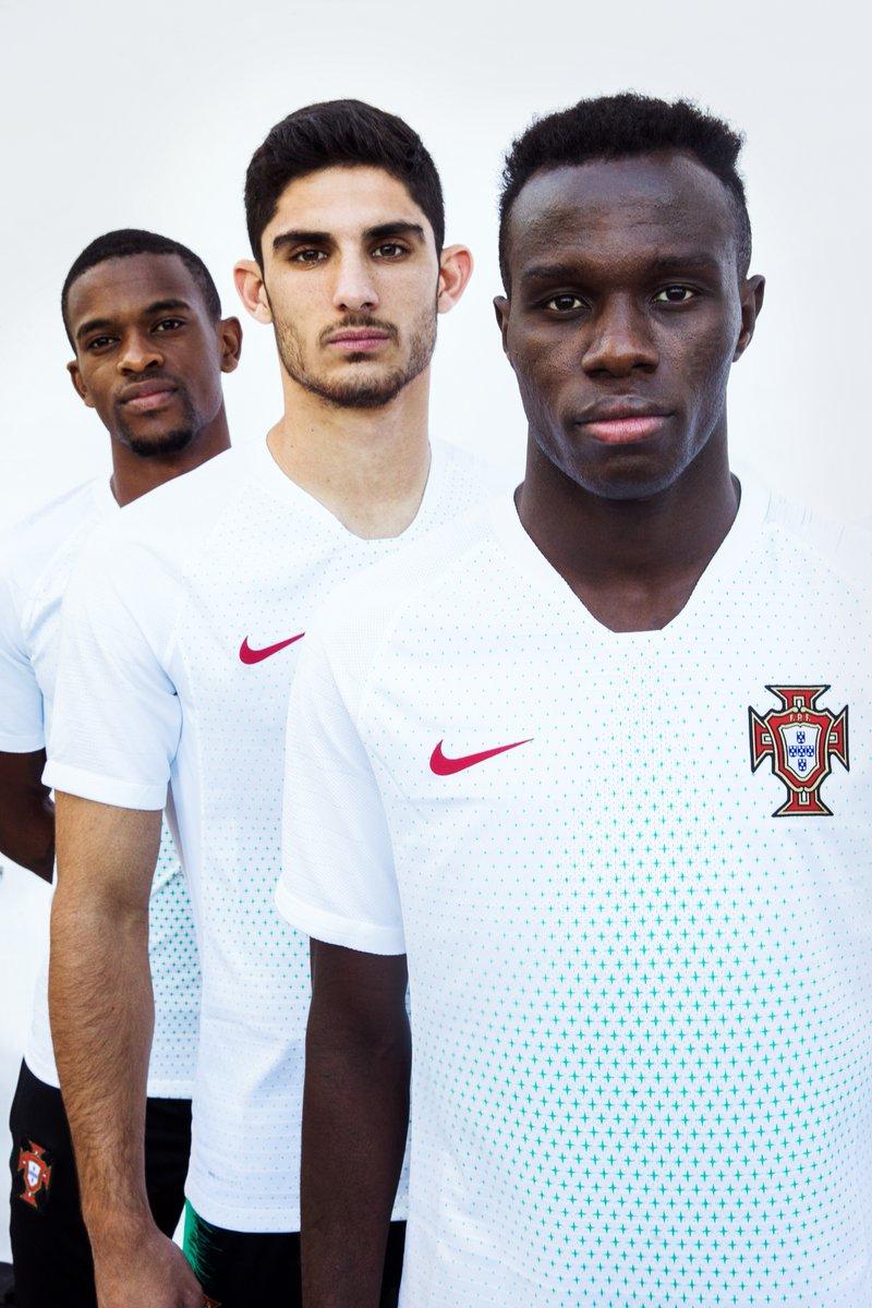 Portugal 2018 maillot de foot exterieur coupe du monde officiel