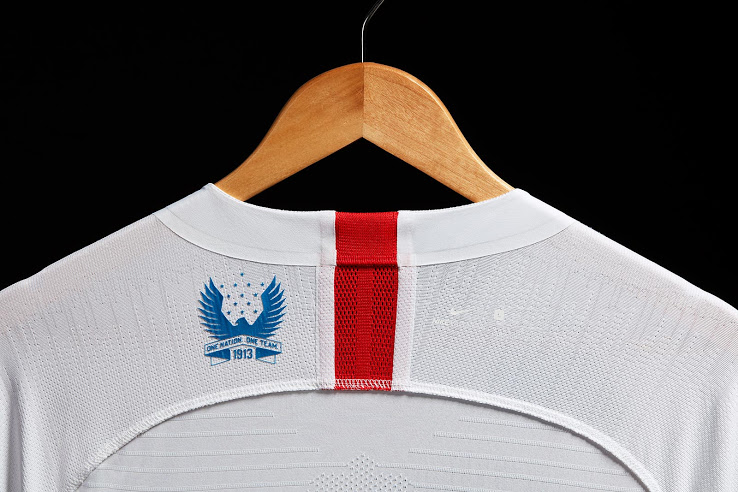 special badge maillot domicile USA 2018