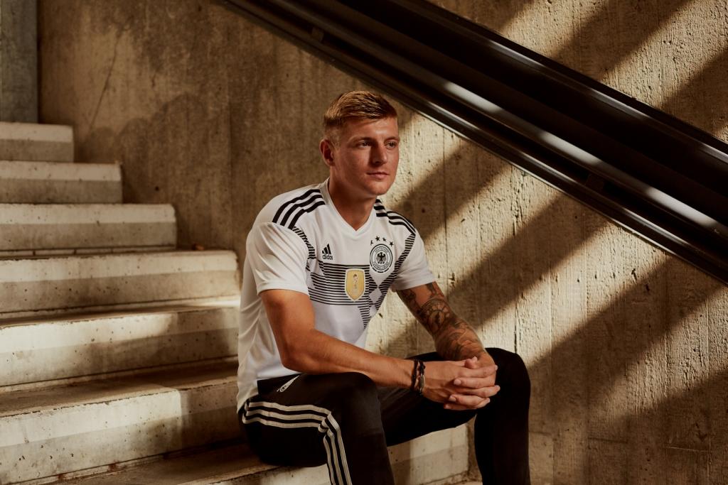 Allemagne 2018 maillot Adidas domicile coupe du monde