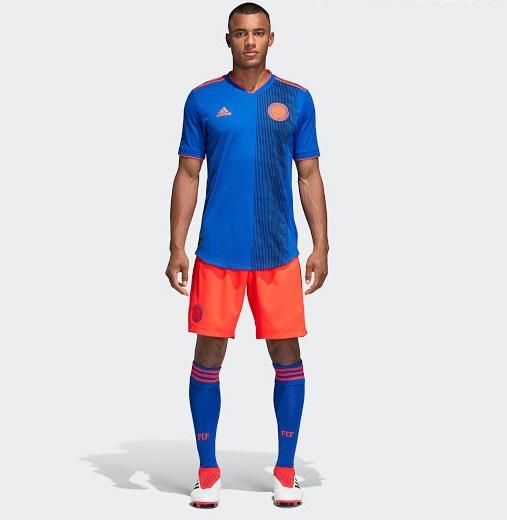 maillots de football colombie 2018 pour la coupe du monde 2018 maillots foot actu. Black Bedroom Furniture Sets. Home Design Ideas
