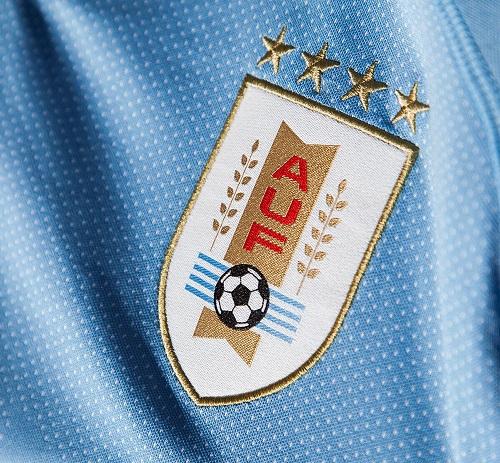Uruguay 2018 blason maillot equipe nationale