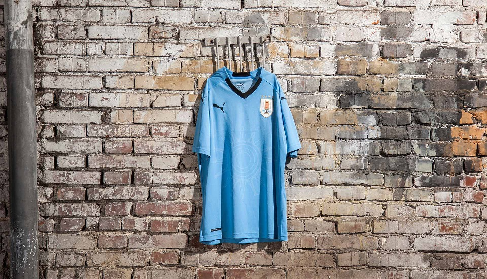 Uruguay 2018 maillot foot Puma domicile coupe du monde 2018