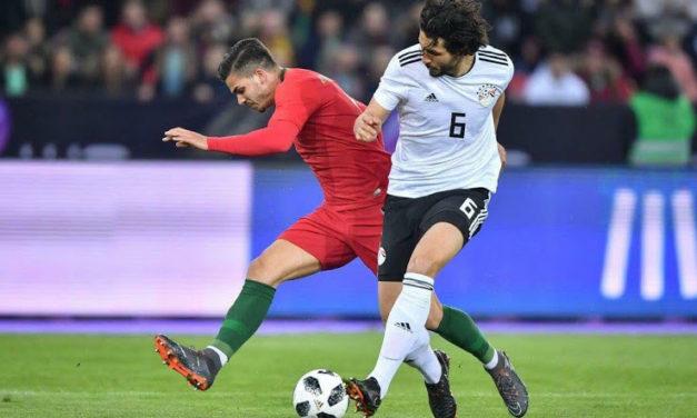 Adidas fait les nouveaux maillots de l'Egypte 2018 coupe du monde