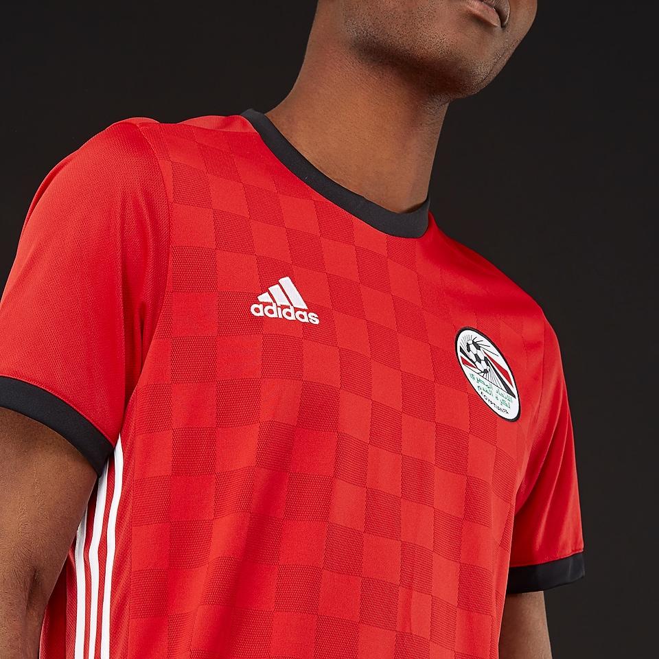 adidas fait les nouveaux maillots de l 39 egypte 2018 coupe du monde maillots foot actu. Black Bedroom Furniture Sets. Home Design Ideas