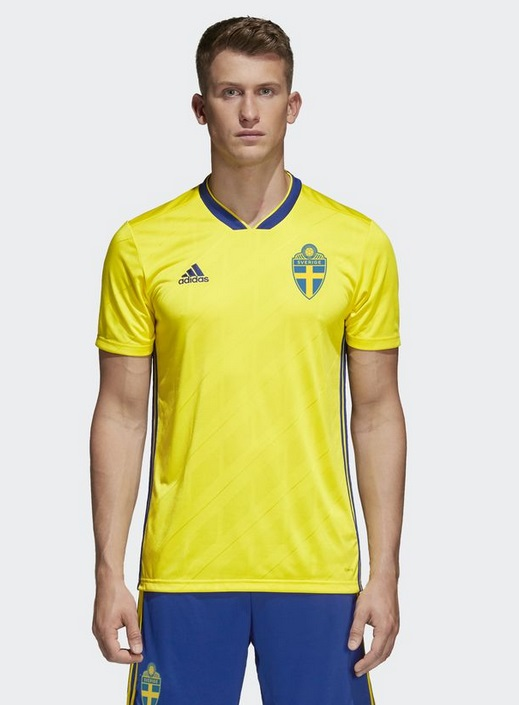 Suède 2018 maillot football domicile Adidas