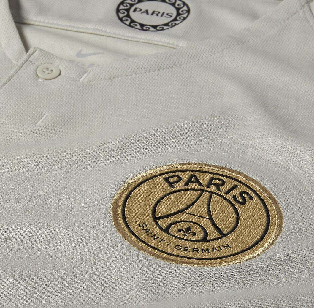 PSG 2019 maillot extérieur détails blason