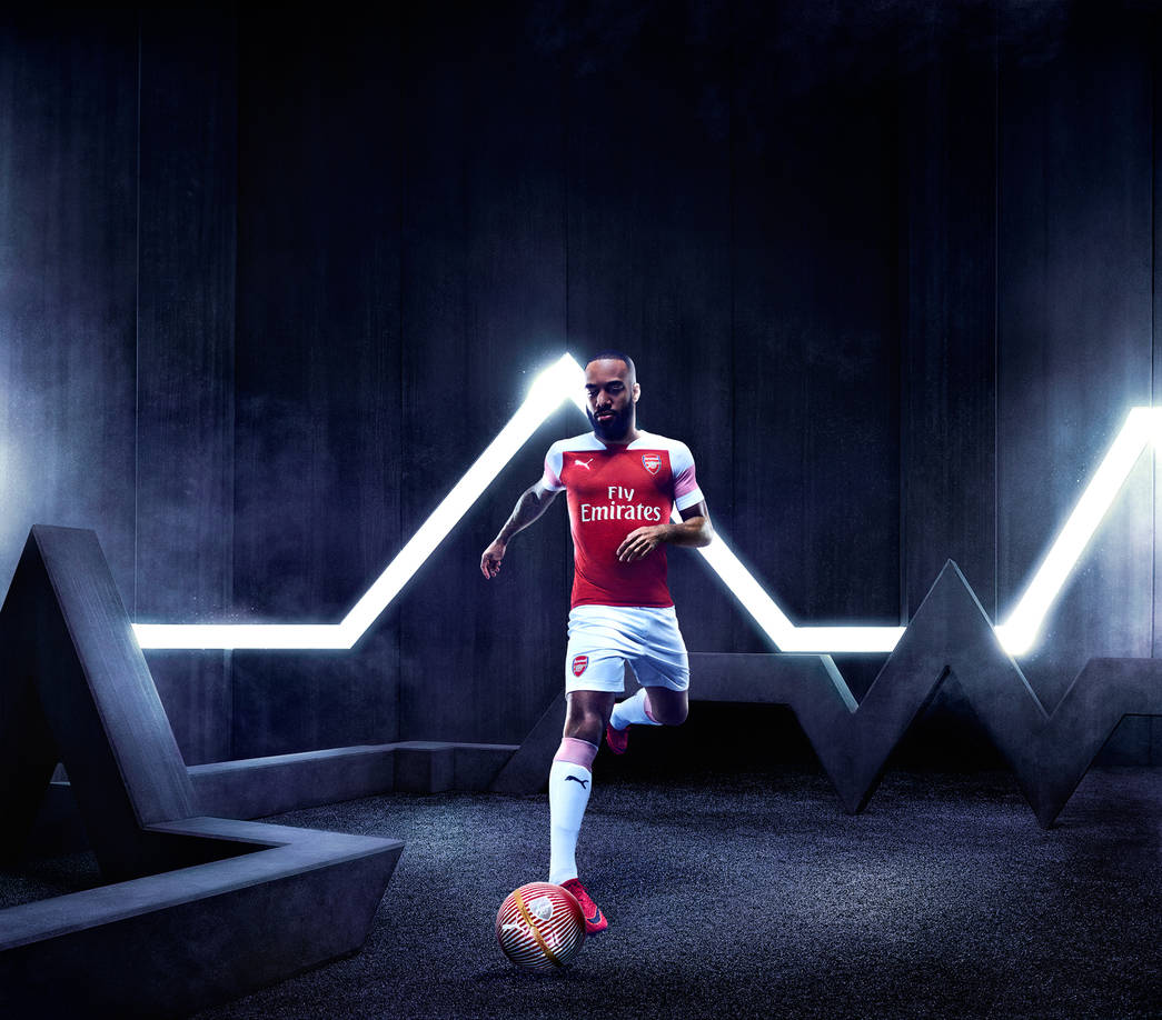 Arsenal 2019 maillot domicile Lacazette 18 19