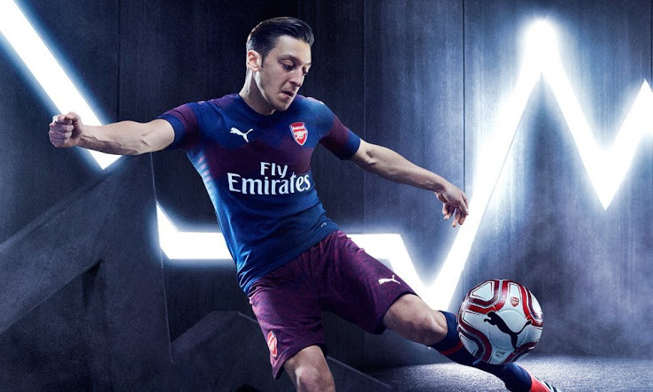 Arsenal 2019 maillot extérieur Puma Ozil