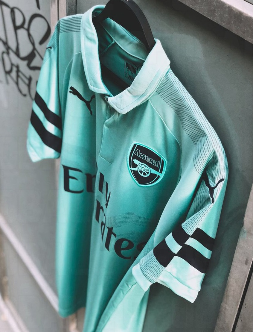 Arsenal 2019 troisième maillot third 18 19 Puma