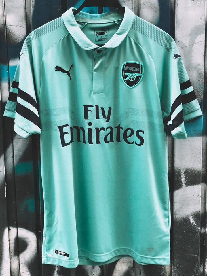 Arsenal 2019 troisième maillot third 18 19 football