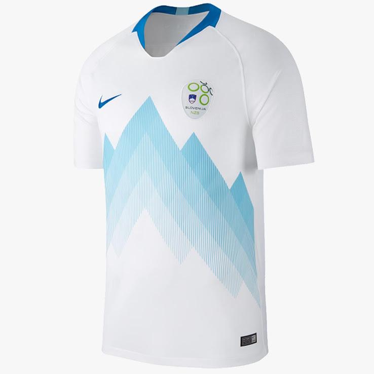 Slovénie 2018 maillot domicile football