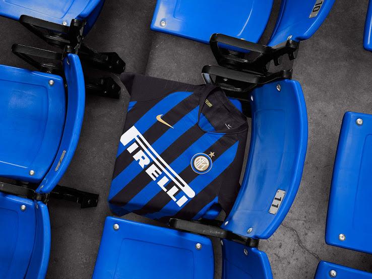 Inter de Milan 18 19 maillot domicile foot