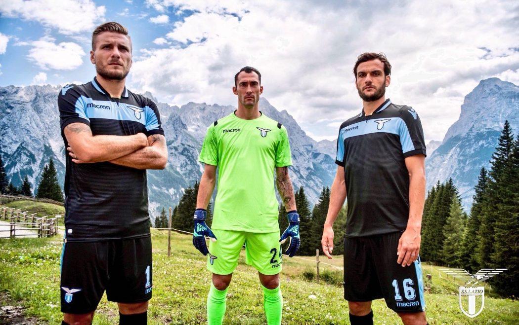 Lazio Rome 2019 nouveau troisieme maillot third Macron