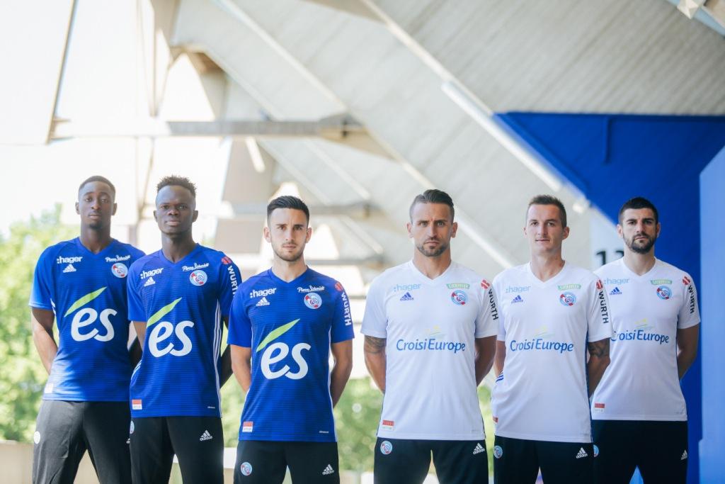 RC Strasbourg 2019 nouveaux maillots de foot=