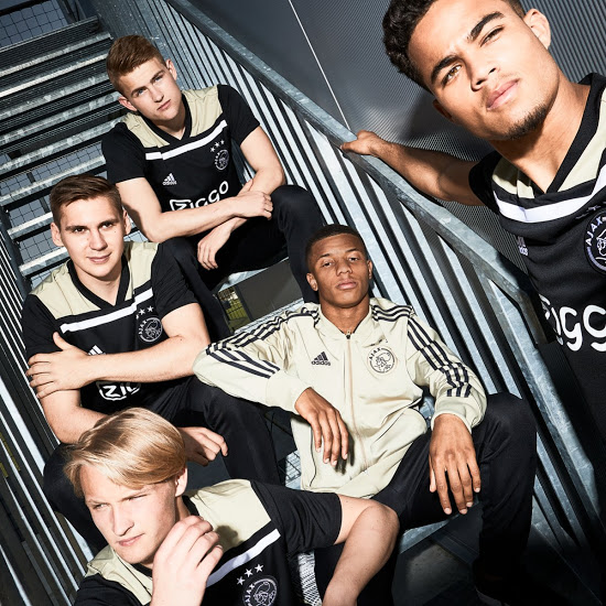 Ajax 2019 maillot exterieur officiel