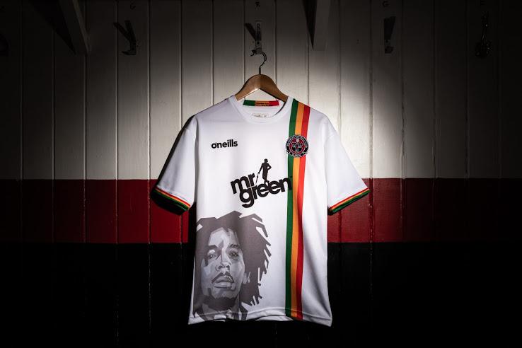 Bob Marley maillot de foot Bohemians FC 2019 extérieur