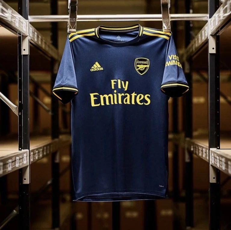 Arsenal 2020 3eme maillot third foot officiel