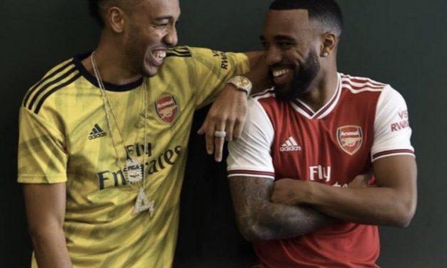 Infos sur les maillots de foot Arsenal 2020