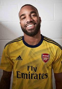 Arsenal Lacazette maillot exterieur jaune 19 20